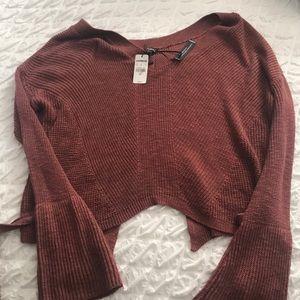 Crop express sweater